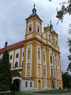 Poutní kostel Očišťování Panny Marie - Dub nad Moravou